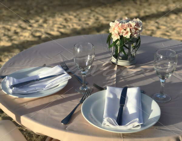 Beach Dinner Table - DileVale